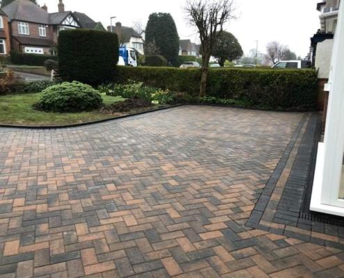 stunning driveway installation in Stratford upon Avon